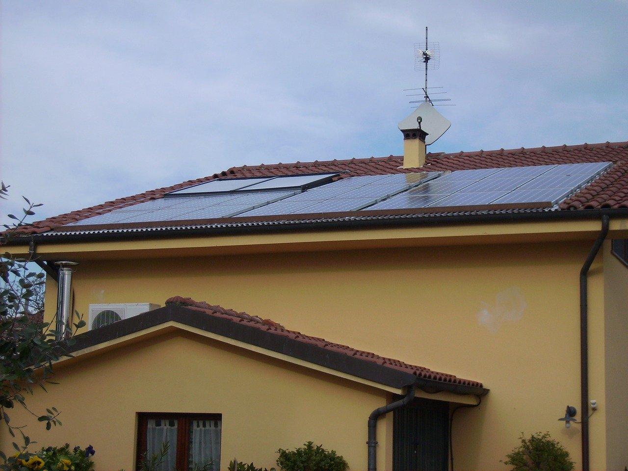 Ile paneli fotowoltaicznych dla domu?